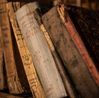Restauro libri antichi e di Beni Archivistici e Cartacei
